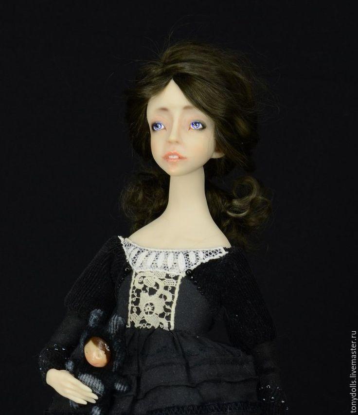 """Купить Авторская кукла """"Темная сторона Алисы или на обратной стороне"""" - черный"""