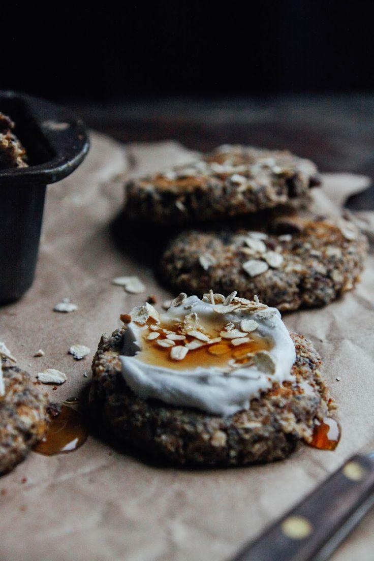 This Rawsome Vegan Life: MAPLE OATMEAL RAISIN COOKIES