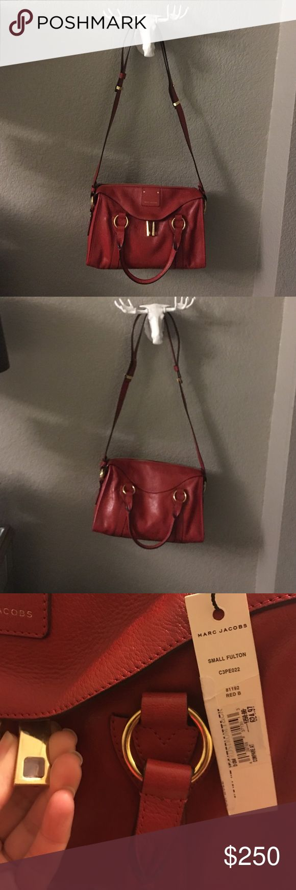 Marc jacobs handbag Still has the plastic on the hardware and Nordstrom rack tags attached. Made in Italy with gold plated hardware!! No trades please. Marc Jacobs Bags