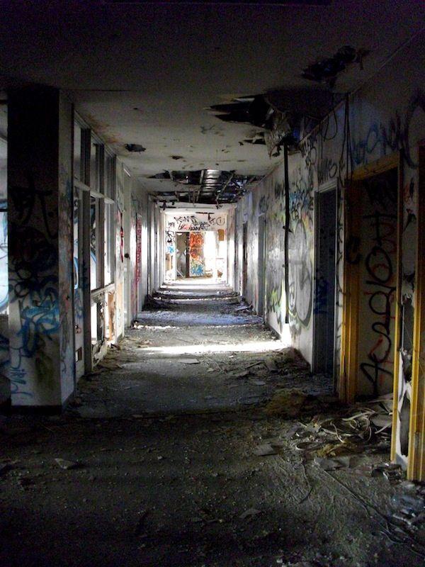 Ruined Wednesday – Larundel Mental Asylum, Bundoora