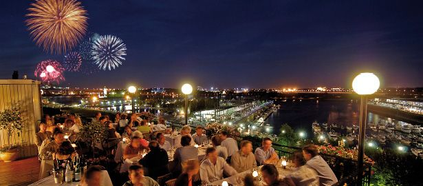 Rooftop restaurant, Terrasse sur l'Auberge, offers a panoramic view onto the Old Port and the St. Lawrence  in Montreal, Quebec...it's a beautiful place to go!