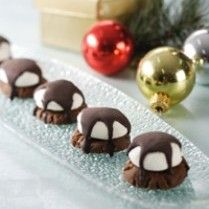 Marsmallow Choco Cookies http://www.sajiansedap.com/recipe/detail/1031/marsmallow-choco-cookies#.U8T2wvmSxRE