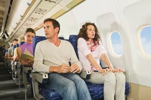 Afraid of Flying? Here's How to Relax, From the Experts