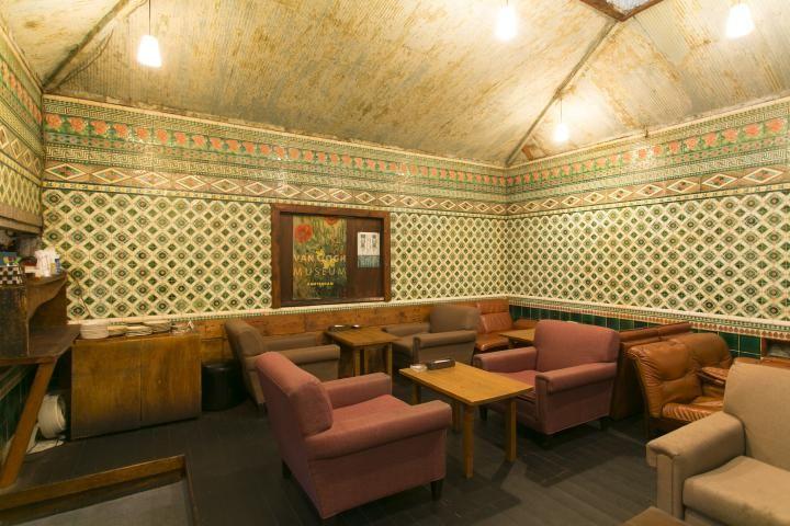 銭湯を改装した京都のレトロモダンなカフェ「さらさ西陣」|ことりっぷ