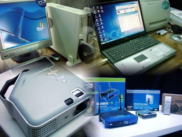 Computación es la disciplina que busca establecer una base científica para resolver problemas mediante el uso de dispositivos electrónicos y sistemas computacionales.
