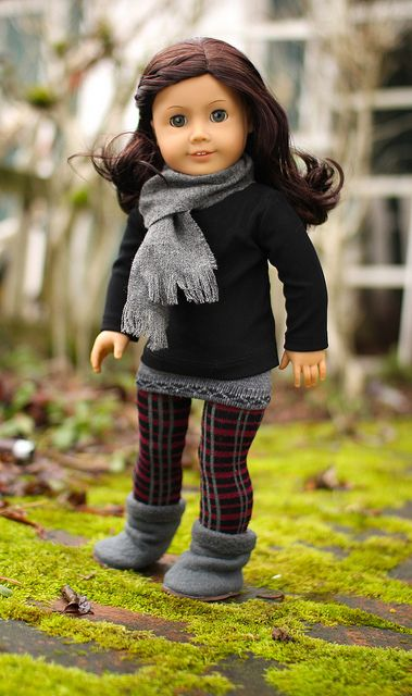 These dolls have cuter outfits than me!!!=)