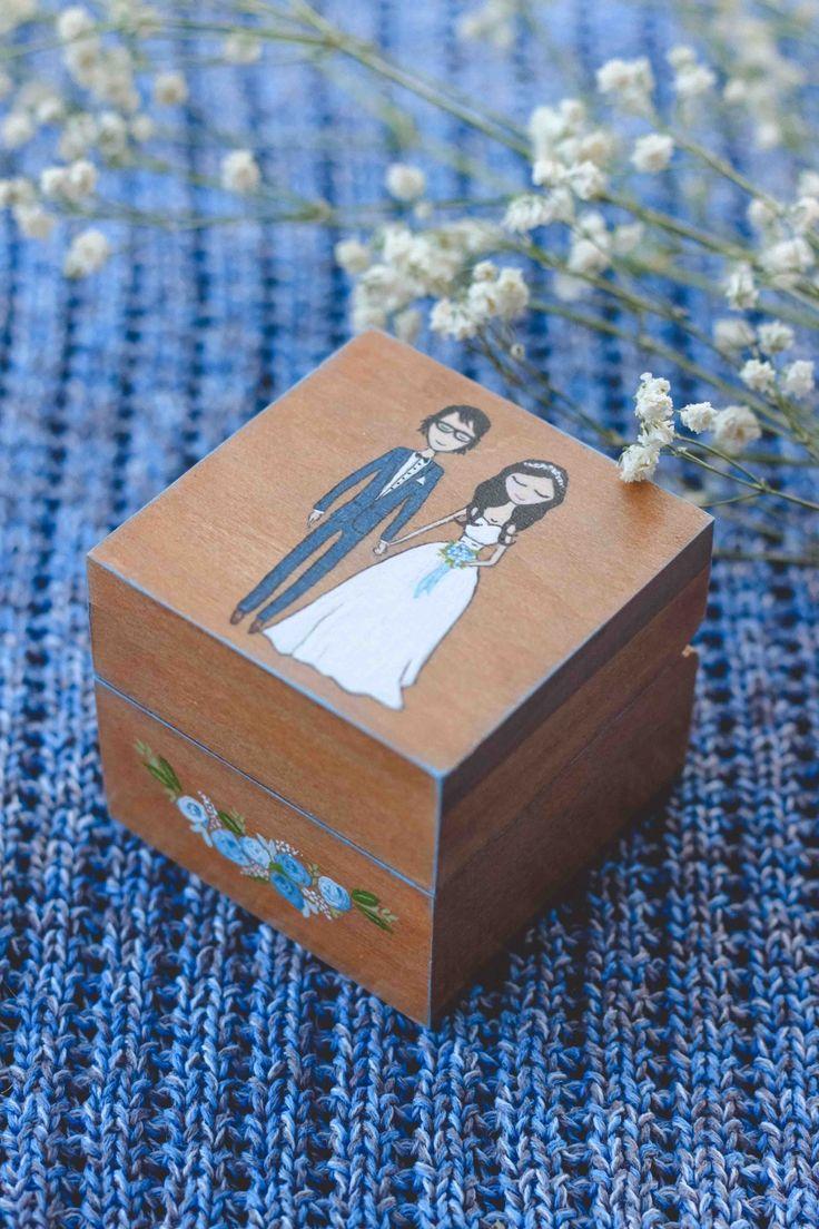 Свадебная деревянная шкатулка для колец с росписью по вашей фотографии. От мастерской Авторский Киоск