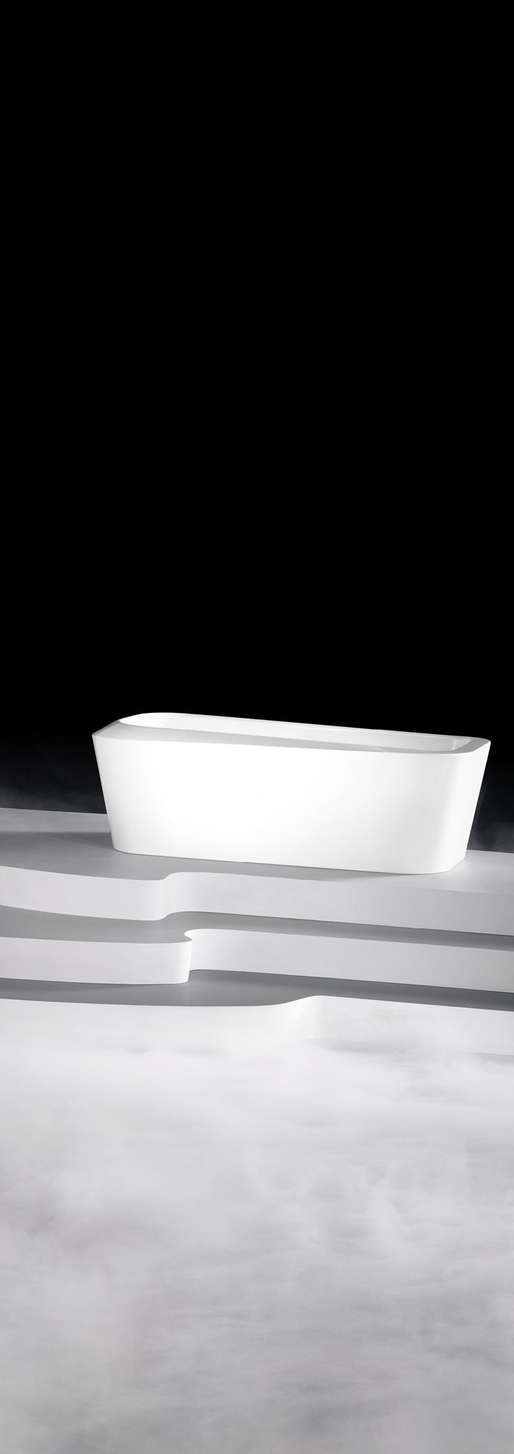 Designed for a single bather, the MEISTERSTÜCK EMERSO bathtub is a luxury to be enjoyed entirely by oneself. Ergonomics and design are at one with each other in this freestanding bathtub. (by Arik Levy) #Kaldewei #Bathtub #Badewanne #Bath #Design #Arik #Levy