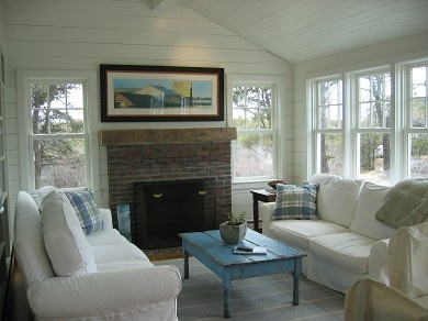 8 best images about cape cod living room ideas on for Cape cod living room design