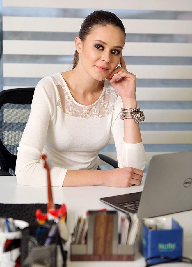 SATEEN Life Bluz Markafoni'de 49,99 TL yerine 24,99 TL! Satın almak için: http://www.markafoni.com/product/5657827/ #ofisstili #ofismodasi #moda #markafoni #elbise #siyah #beyaz #fashion #style #officestyle #video #girl #model