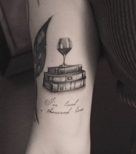 17 best images about book tattoo 39 s on pinterest first tattoo tiny tattoo and open book. Black Bedroom Furniture Sets. Home Design Ideas