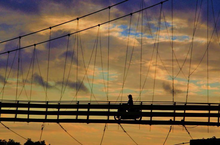 Jembatan sepeda motor by arthamade