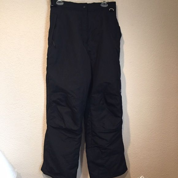 Slalom ski pants by spyder Slalom ski pants by spyder. Gentle used. Small signs of wear around the bottom. Full side zip ski pants. Super warm. Reinforced knees. Fully lined with pockets and key attachment. Great for any winter adventure. Retail for 300. Spyder Pants