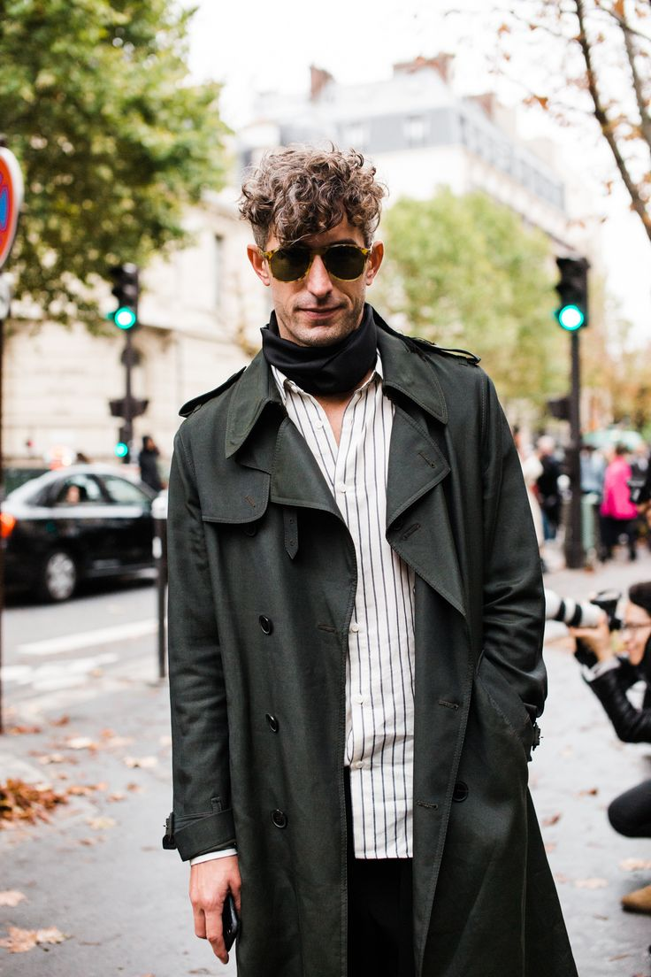 Dazed Magazine Creative DIrector Robbie Spencer outside the Valentino show
