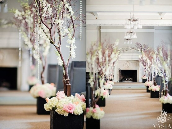 What an elegant aisle walk this would be. And the Vancouver Club is such a beautiful venue.