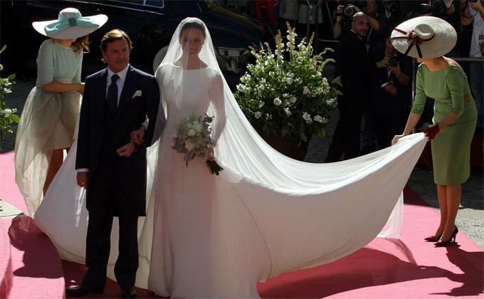 101 best images about bodas de celebrities weddings on for Cayetano rivera y blanca romero boda