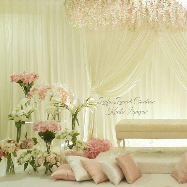 Pelamin nikah/tunang by ZZCKL. Pink, off white