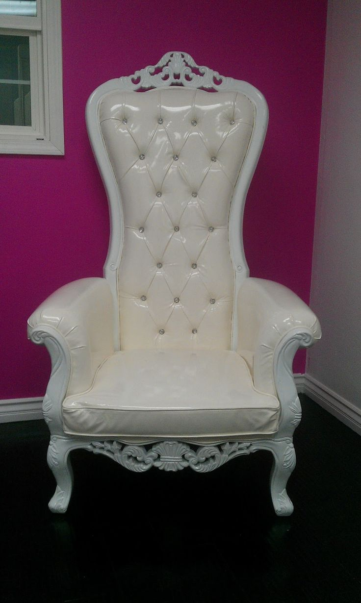 The Mod Spot New Rental Kings Chairs Thrones Quince