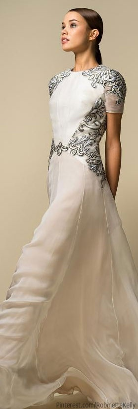 #Bibhu Mohapatra Resort 2014. I am no so sure I'd call this a wedding dress so I added it here.