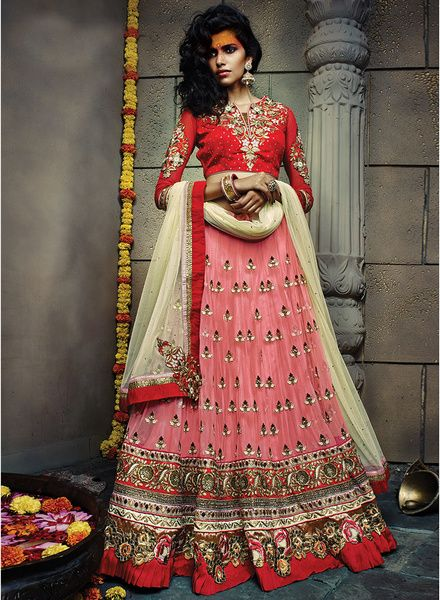 Look graceful and sophisticated at the upcoming wedding party with this Beautiful lehenga @Looksgud.in