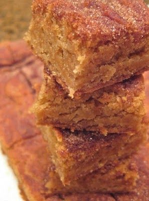 Snickerdoodle blondies.  Another Pinner said:  These are amazing. Idiot proof, make the house smell amazing, and are so good warm with a glass of milk. You won't regret them.