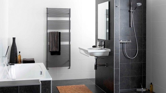 20170403 085206 muurtje in de badkamer for Fotos wc hangen tegel