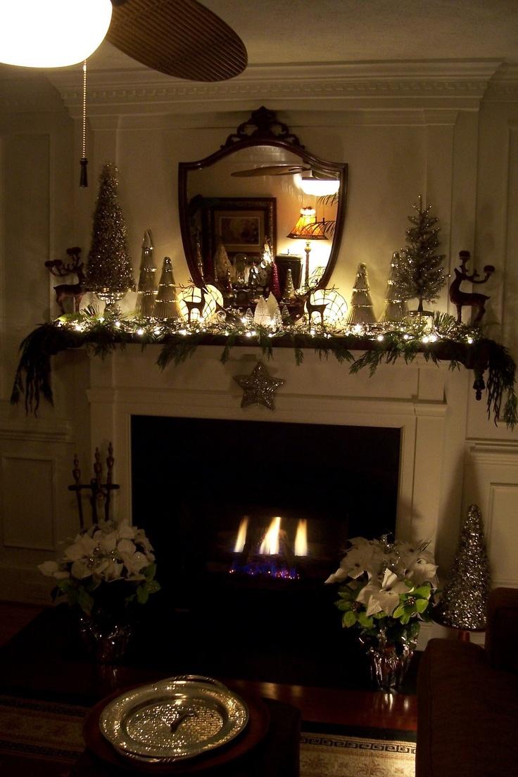 Country christmas mantel decor - Holiday Mantel Decor
