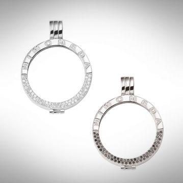 Mi Moneda Pendant De Luxe Zilver size S, leg hier je favoriete munt in, en verander je sieraad in een hand omdraai.