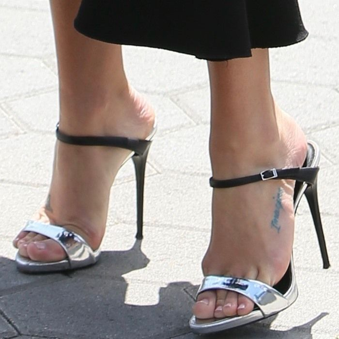 Lea Wearing Silver And Black Tania Mules Heels Giuseppe Zanotti Heels Giuseppe Zanotti Shoes