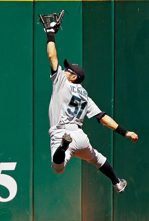 Ichiro Suzuki- Always a Mariner.