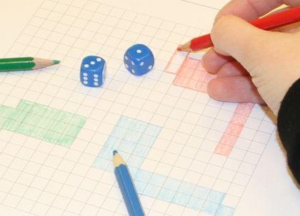(2.lk -->) Tonttijako « OuLUMA – Pohjois-Suomen LUMA-toiminnan foorumi - Tonttijako-pelissä tutustutaan pinta-alan käsitteeseen pelin avulla. Samalla käsitellään myös nelikulmion ja neliön käsitteisiin sekä lasketaan kertolaskuja.