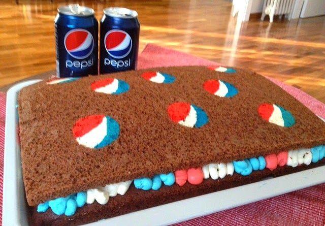 pastel de Pepsi relleno de crema de mascarpone. Receta paso a paso http://recetasysonrisas.blogspot.com.es/2014/05/pastel-de-pepsi.html #food #pepsico #Pepsi #cake #chocolate #dessert