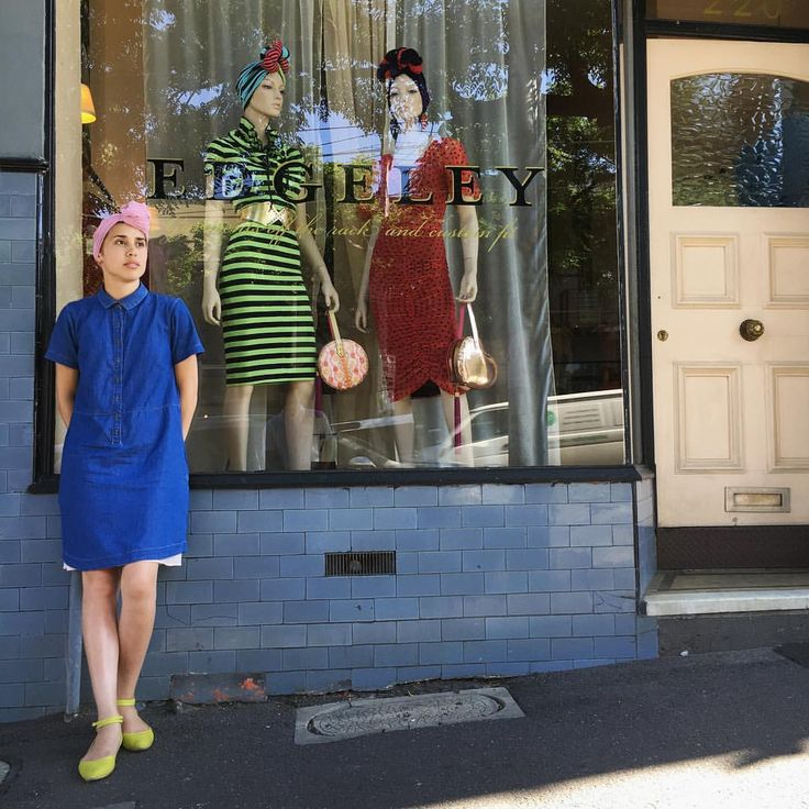 @modestlyrose in turban: blue chambray button up dress, Fluoro green ankle strap flats, pink scarf twisted into a turban. Image by: @beardeerfox.