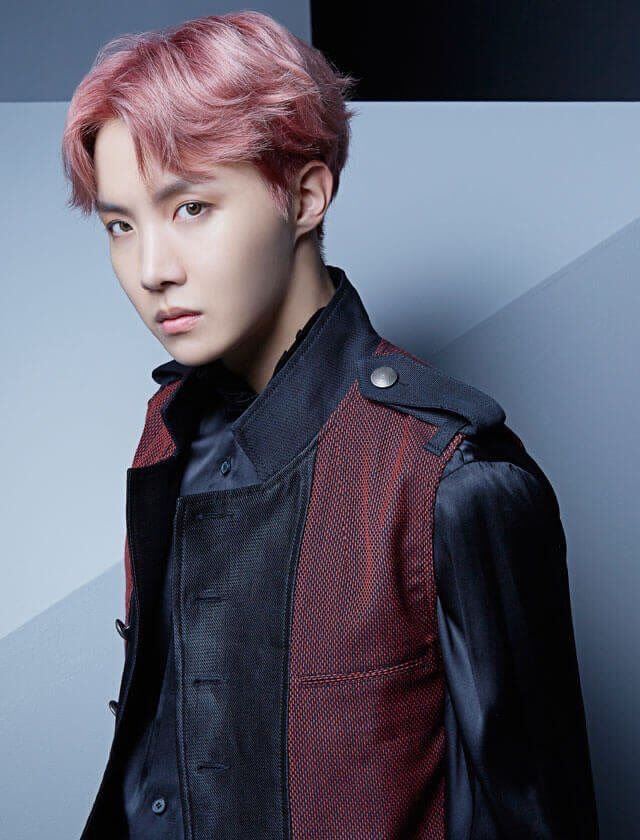 Blood sweat and tears Japanese ver. I love all of J-Hope's expressions