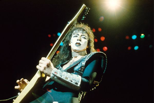What Happened to Ex-Kiss Guitarist Vinnie Vincent? | Music News | Rolling Stone