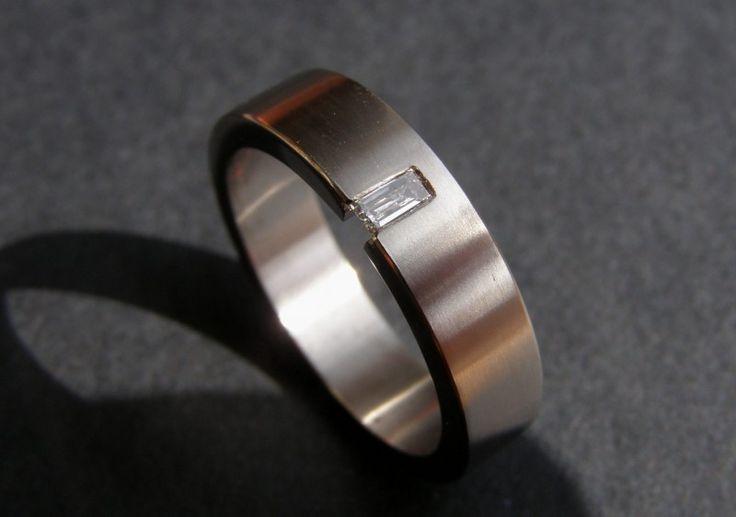 Titanium ring met baguette geslepen diamant / 5mm breed. | Titanium ringen met Diamant | Kool Design