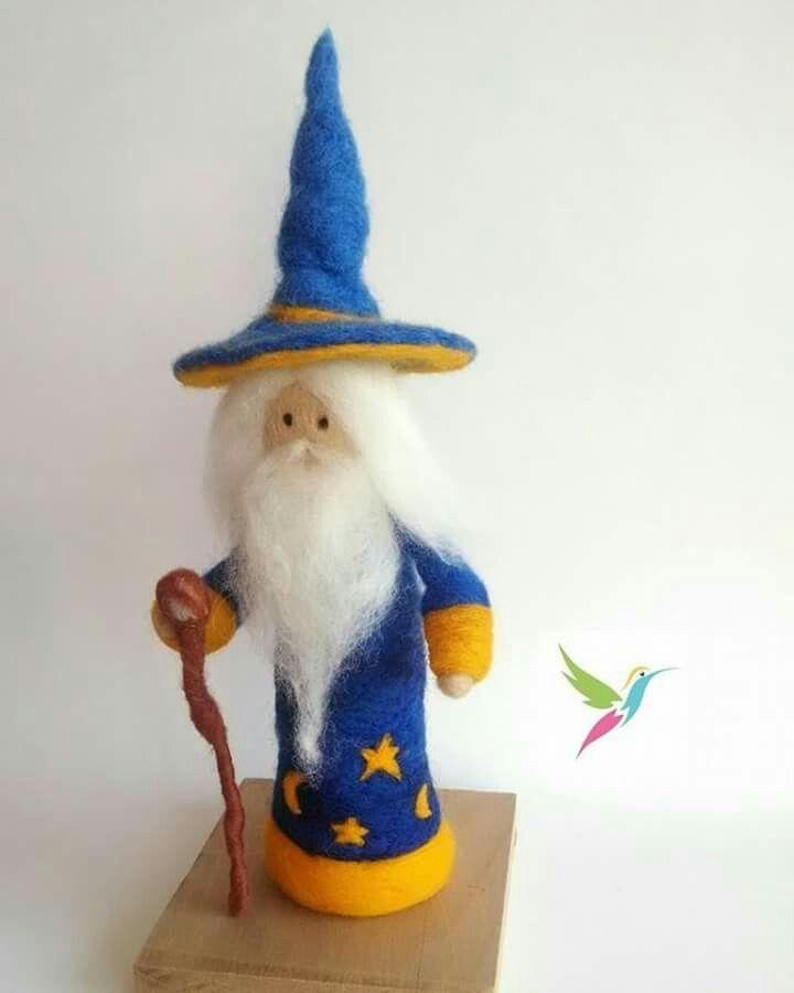 Mago Merlin fieltro. hecho a mano con Vellón.