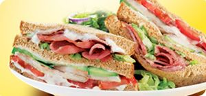 A tasty classic that's great for lunchboxes! Tuck into this hearty Slimming World style sarnie...