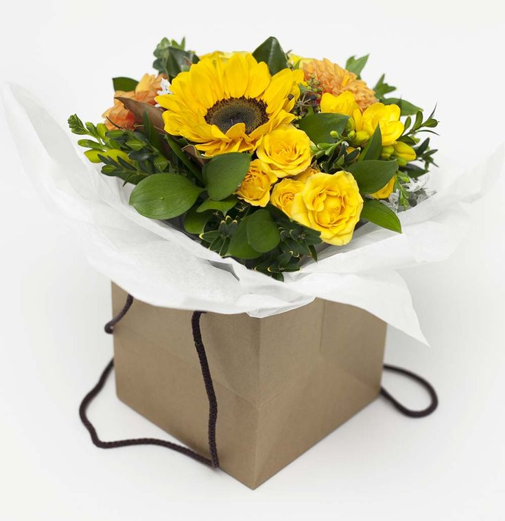 Vintage Flower Box Yellow http://www.expressionsfloral.co.nz/ #florist #flowers #bouquets