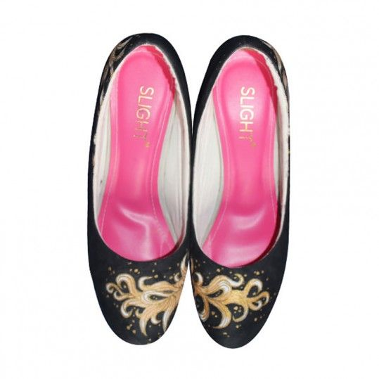 Sepatu Heels Lukis Feather Hitam | LALITASTORE.COM