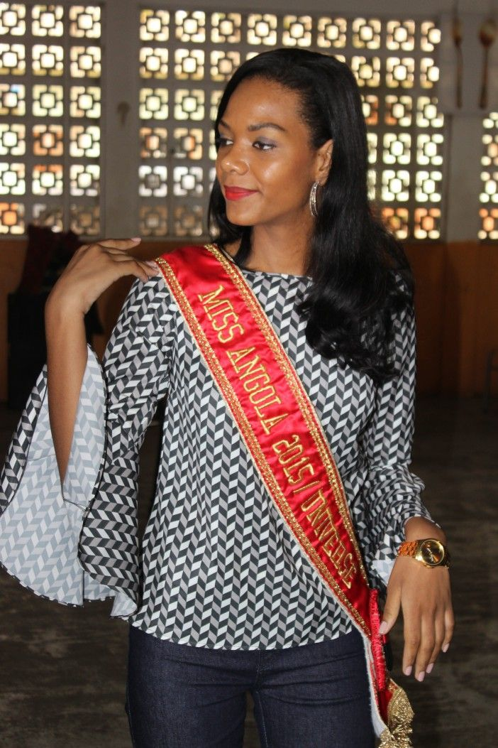 Miss Angola 2015 Whitney Shikongo realiza último evento antes do Miss Universo http://angorussia.com/entretenimento/famosos-celebridades/miss-angola-2015-whitney-shikongo-realiza-ultimo-evento-antes-do-miss-universo/