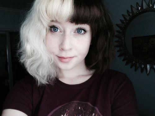 Half blonde half brown scene hair