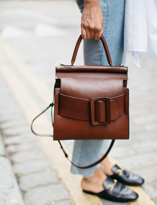 Maxi ceinture + cuir chocolat = le bon mix (sac BOYY - photo Soraya Bakhtiar)