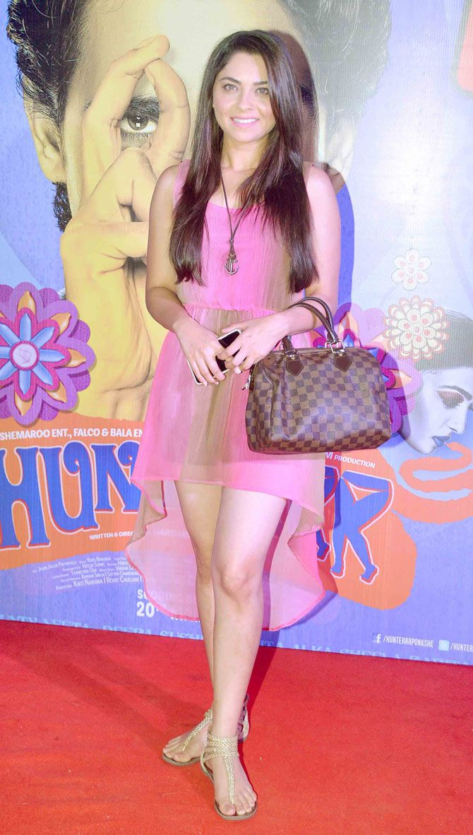 Sonalee Kulkarni at the premiere of 'Hunterrr'. #Bollywood #Fashion #Style #Beauty #Sexy