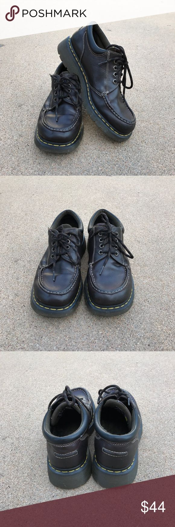 Dr Martens Airwair Men's Shoes Brown Leather Dr Martens Airwair Men's Shoes Brown Leather OXFORD Lace Up Size 11 M Condition: pre-owned, typical wear, scuffs inside and outside. Dr Martens Shoes Oxfords & Derbys
