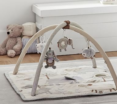 With lots of creatures to see, feel and grab, this activity gym entertains and stimulates your baby during playtime. Bright animals and fun sounds encourage exploration and learning.