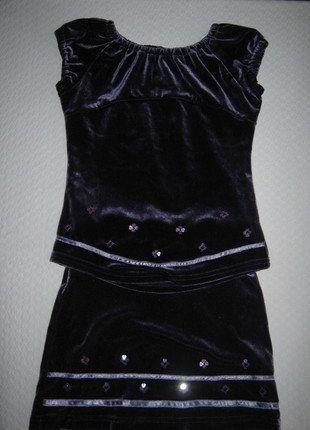 Kup mój przedmiot na #vintedpl http://www.vinted.pl/odziez-dziecieca/spodniczki/18131664-komplet-z-aksamitu-45-lat
