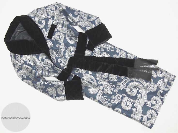 Long paisley brocade silk mens dressing gown with quilted cotton velvet shawl collar in black and blue. Luxury smoking jacket robe for men. #dressing #gown #robe #smoking #jacket #vintage #paisley #silk #velvet #robes #menswear #gentleman #victorian