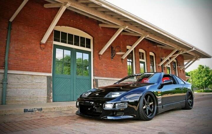 Nissan 300ZX BLACK / FORD FIESTA /BMW WHITE/ CORVET SILVER ANEVERSARIE/ FORD AERO STAR VAN BLACK/600.DODGE SILVER CHRYSLER/NISSAN  PULSAR   SPORT/EL PASEO SILVER/