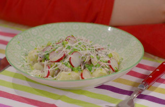 Gnocchi met spek, erwtjes en champignons - lekker van bij osn